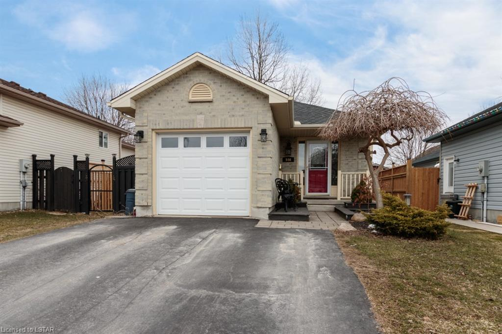 546 Talltree Crescent, London Ontario, Canada